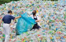أخبار علمية : تدوير البلاستيك من الداخل إلى الخارج.