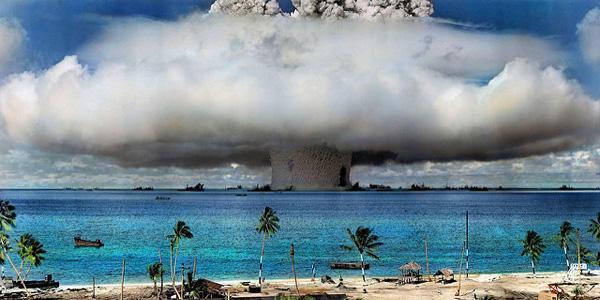 أخبار علمية : الكربون المشع من تجارب القنابل النووية وجد في خنادق في أعماق المحيطات.