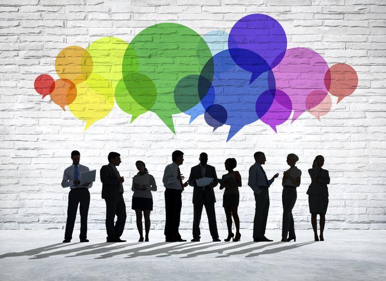 تحسين مهارات التواصل الشخصي.